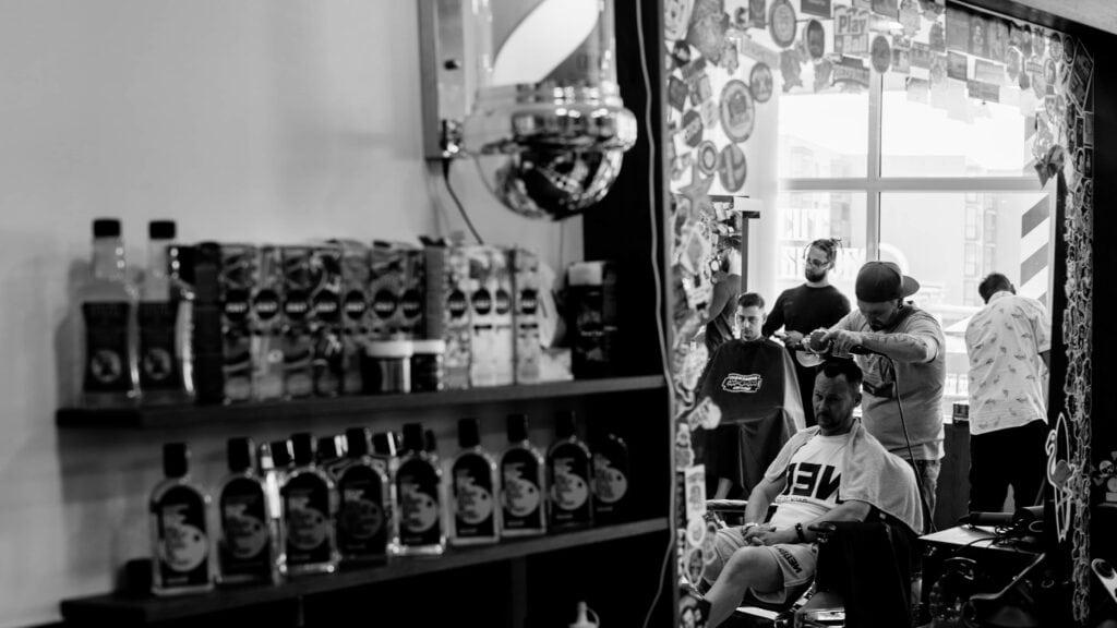 Kontakt - Alessandro Barber Shop